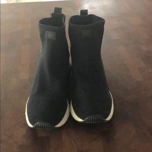 Michael Kors 👟 sneakers Skyler booties
